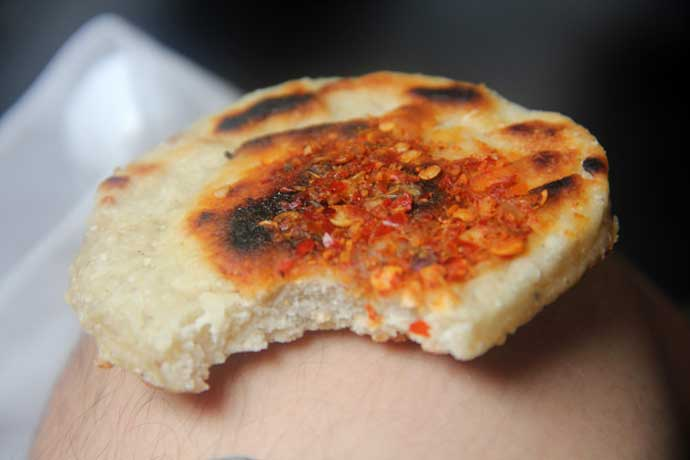 Pol Roti with Lunumiris