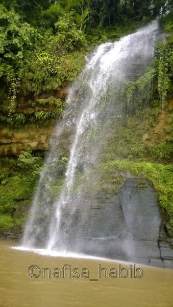 Beautiful Rijuk Waterfall