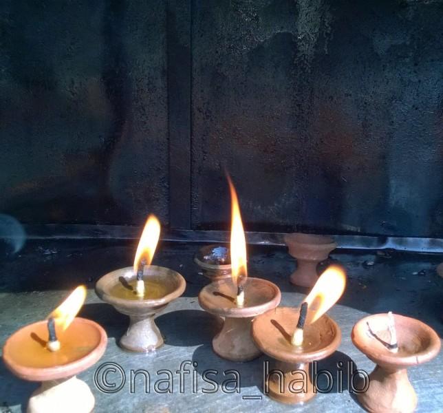 Diyas at Swayambhunath