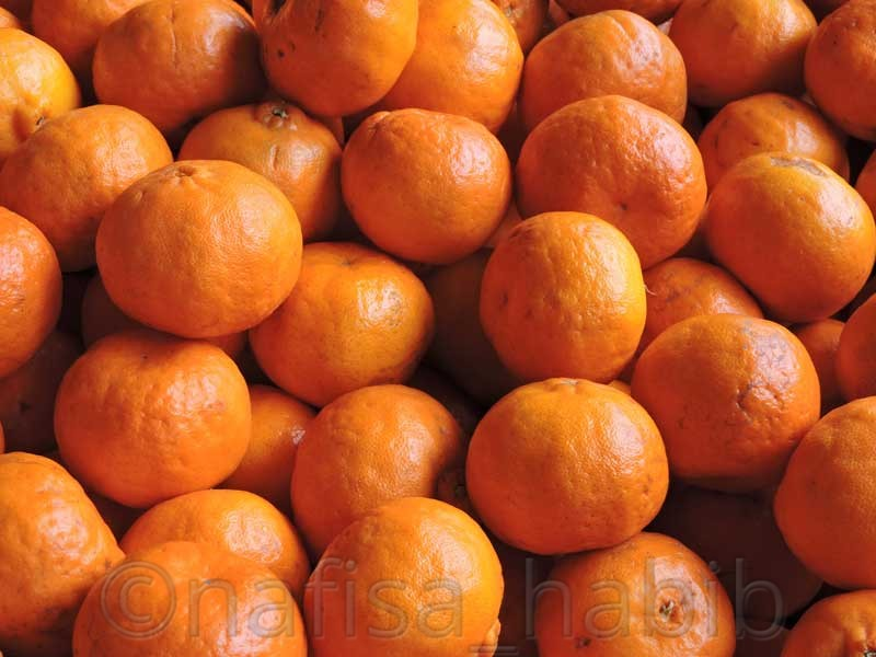 Organic Oranges at Centenary Farmers Market - What Really Amazed Me in Bhutan