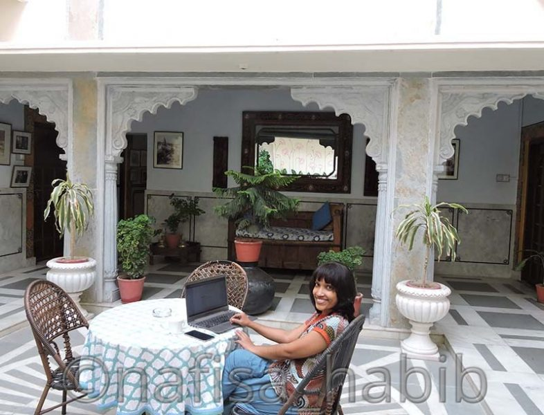 peaceful time at hotel mahendra prakash - My 10 Days Historic Solo Trip in India [When Travelling Is More Than Fun]