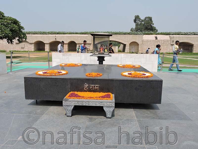 raj ghat - My 10 Days Historic Solo Trip in India [When Travelling Is More Than Fun]