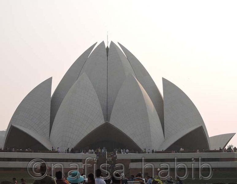 lotus temple - Top 3 Must-Visit Beautiful Historical Monuments in Delhi, India