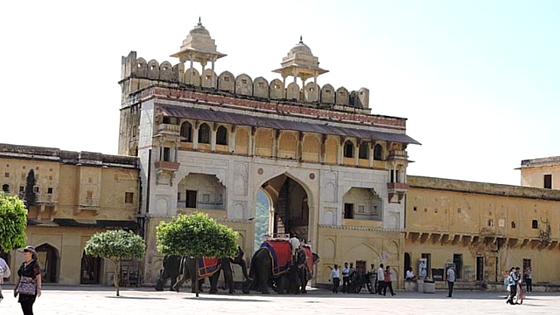 Amber Fort: Main Tourist Attraction in Jaipur, Rajasthan