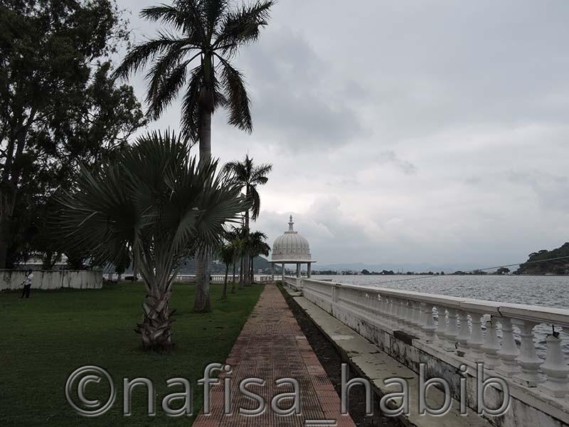 Lake Fateh Sagar Nehru Park