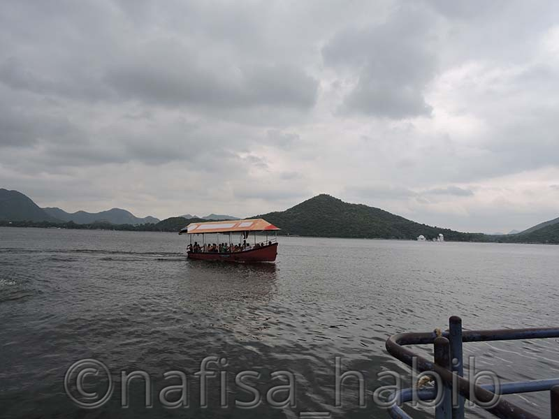 fateh sagar lake - My 10 Days Historic Solo Trip in India [When Travelling Is More Than Fun]