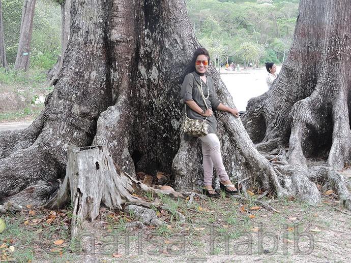 Sea Mohwa Tree at Munda Pahar Beach