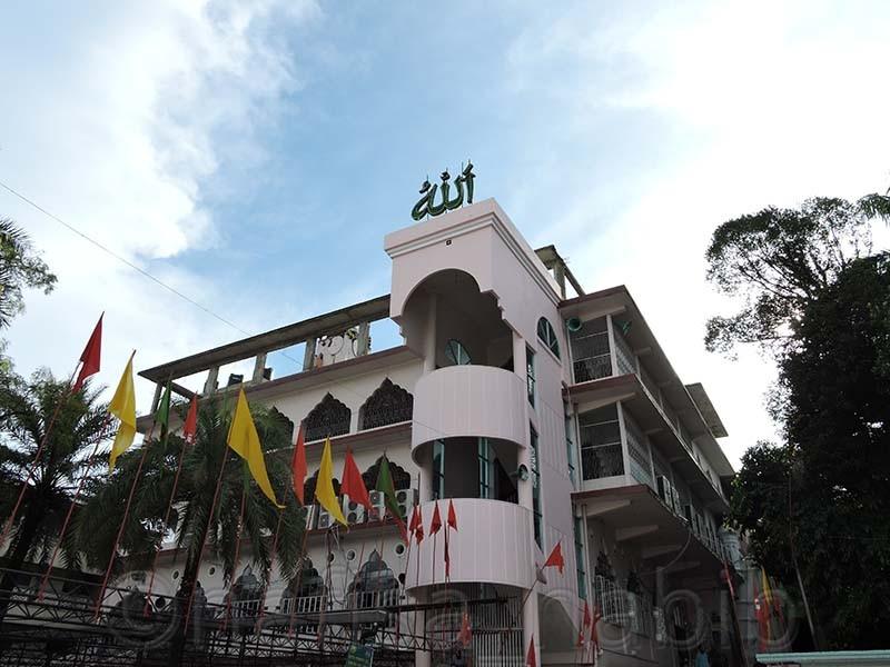 Shrine of Hazrat Shah Jalal - 10 Photos To Inspire You To Visit Sylhet, Bangladesh