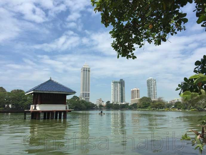 Beira Lake in Colombo - 6 Top Travel Destinations In Sri Lanka To Explore