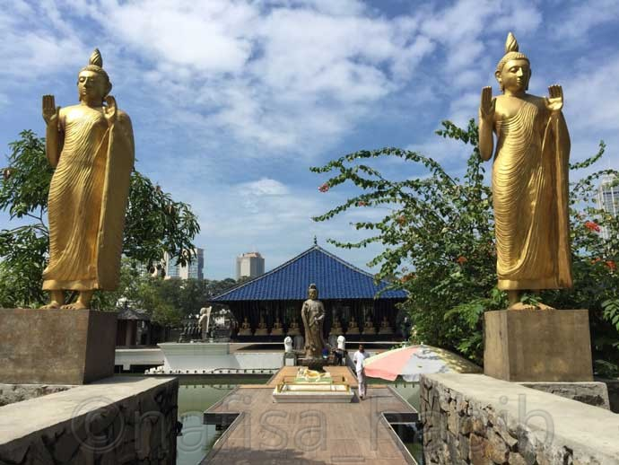 Gangaramaya Buddhist Temple in Colombo