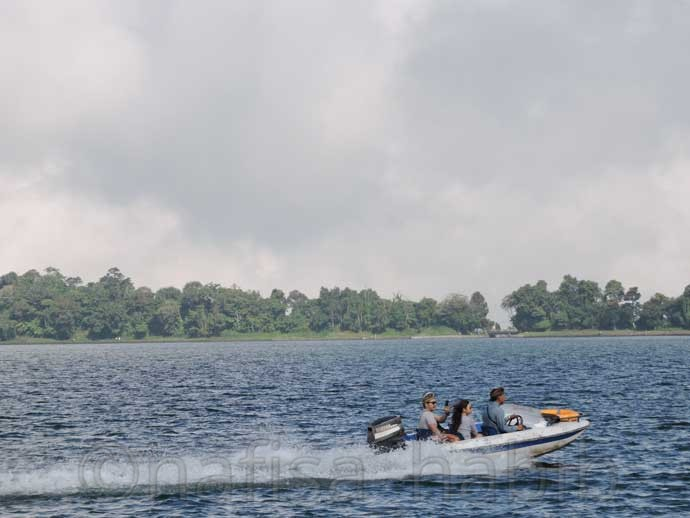 Speed Boating at Lake Beratan