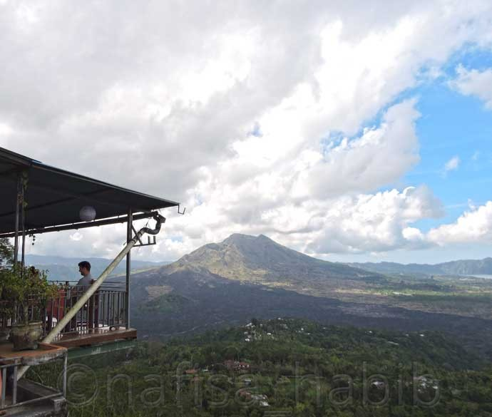Breathtaking View of Mount Batur from Tepi Danau Restaurant in Kintamani