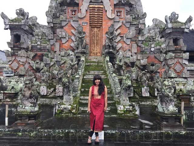 Pura Desa in Kemuenuh Bali