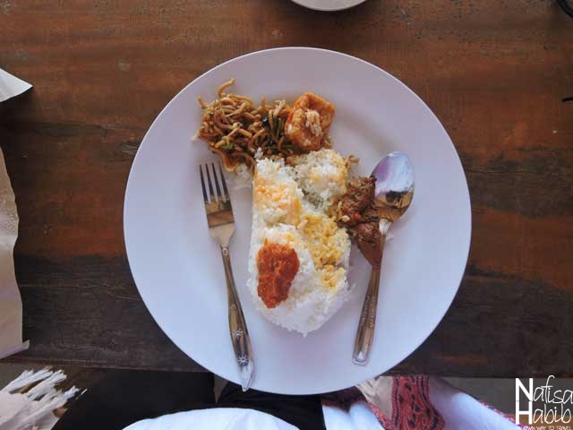 Balinese Mixed Rice Nasi Campur