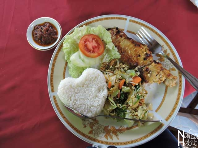 Nasi Campur with Grilled Tuna Fish