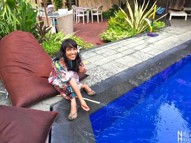 Ari Putri Hotel Swimming Pool Side