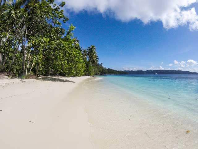 Best Beach Destinations in Indonesia - Raja Ampat Beach