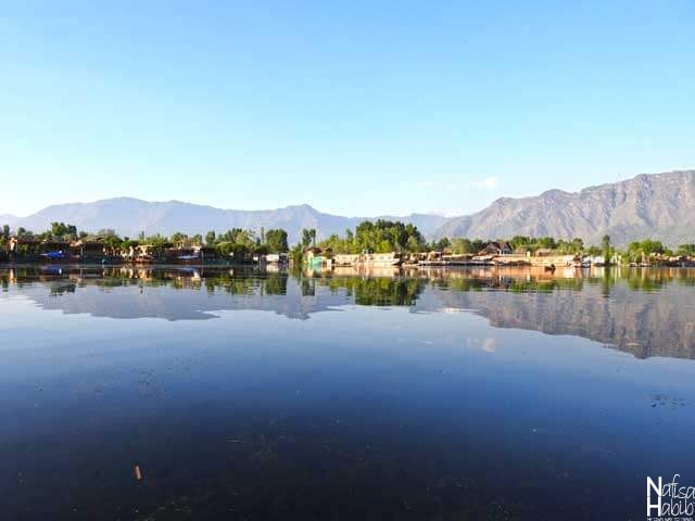 Dal Lake with the backdrop of the Zabarwan Mountains ranges