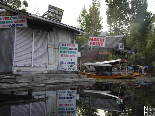 Floating food stalls on Dal Lake