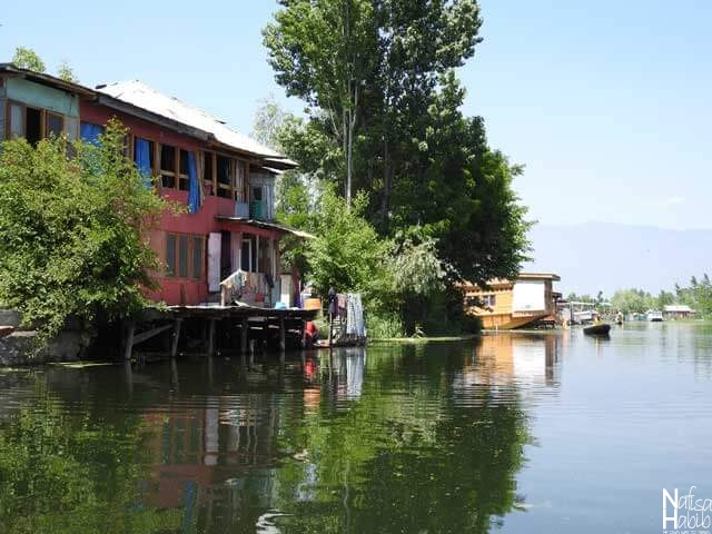 Kashmiri House on Dal Lake Srinagar
