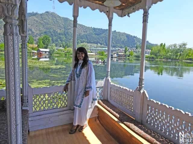 Shamus Maqbool Houseboat Dal Lake Srinagar Kashmir
