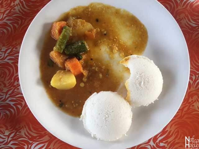 Healthy Keralan Breakfast - Idli with Sambar