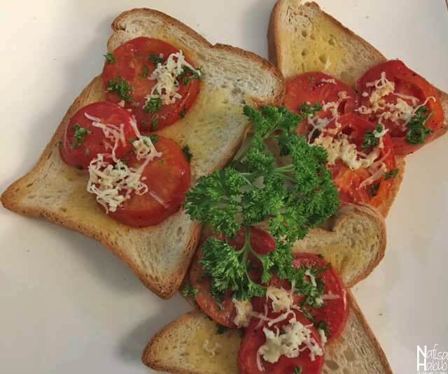 Healthy Travel Food - Bread Toast topped with Tomatoes and Kale at Sevana City Hotel in Kandy