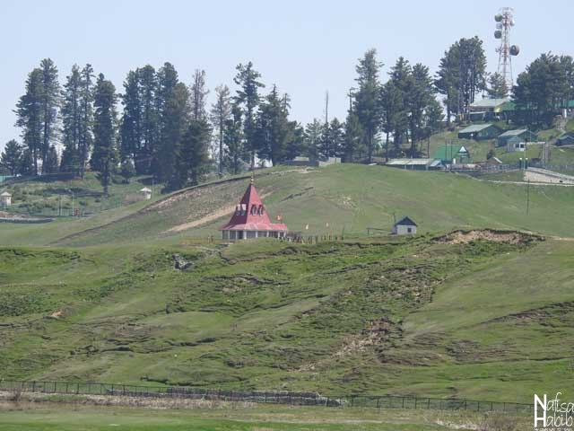 Places to visit in Gulmarg - Maharani Temple , the Hindu Shiv temple in Gulmarg