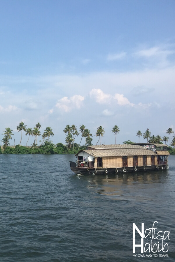 Houseboat of backwaters in Kerala - Largest Vembanad Lake