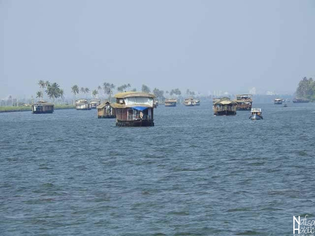 The largest Vembanad Lake and houseboats in Kerala