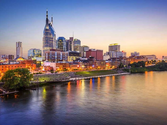 Best cities for solo travelers in the USA - Nashville in Tennessee