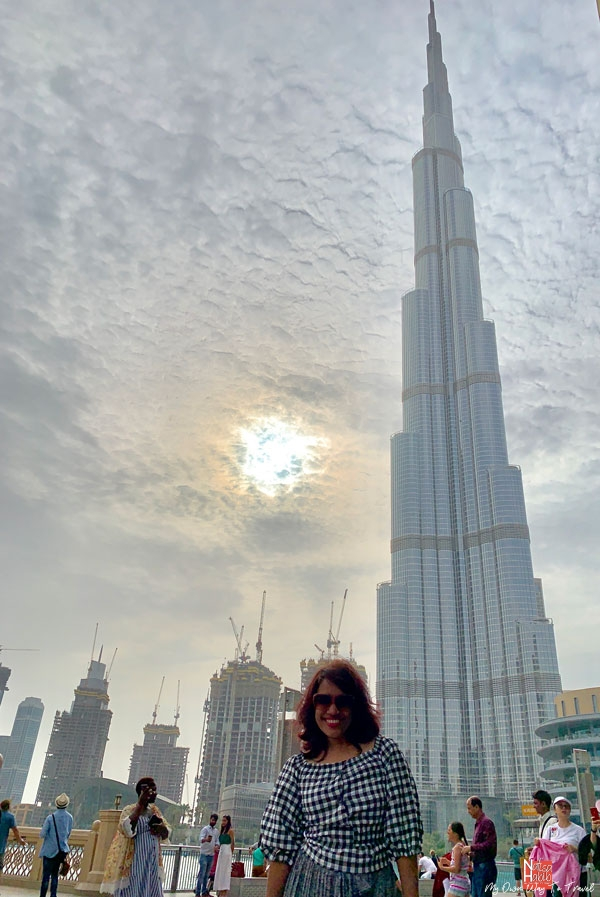 Free things to do in Dubai Mall - World's largest building Burj Al Khalifa from the Promenade of Dubai Mall
