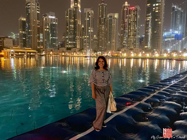 Places to visit in Dubai at night - Dubai Fountain Boardwalk