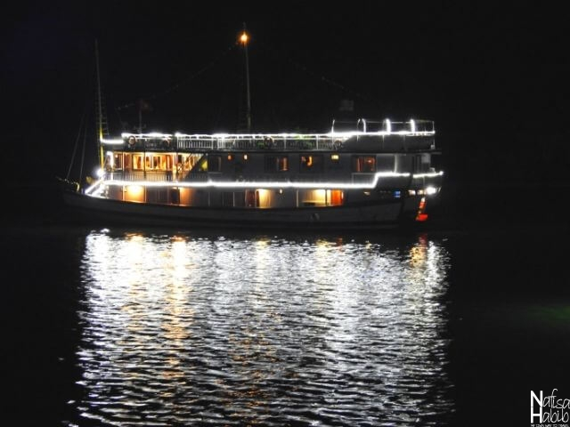 Beautiful water reflection from the Halong Bay cruise ship