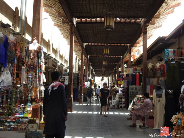Budget shopping in Bur Dubai