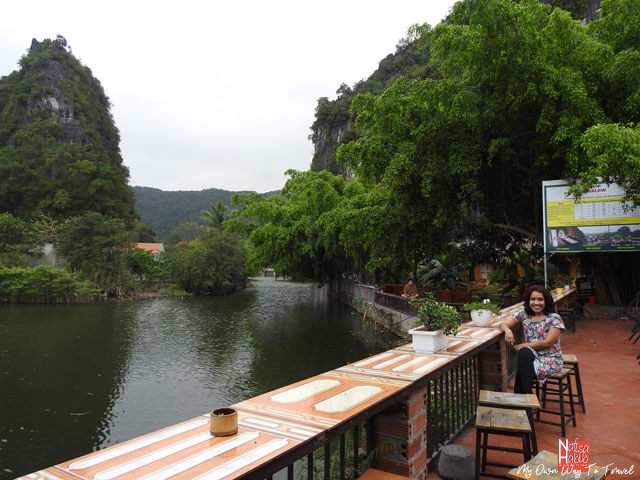 Tam Coc Bungalow with river view