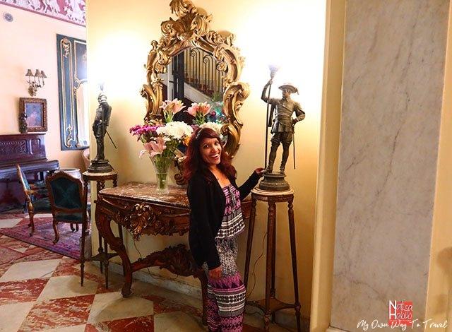 Gorgeous decor of the Paradise Inn Le Metropole Hotel