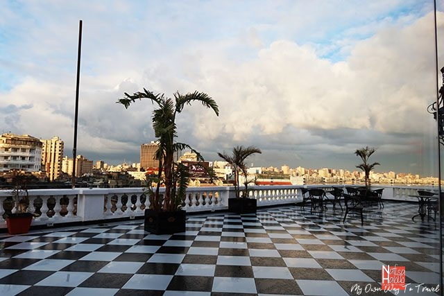 Le Metropole Hotel Alexandria rooftop