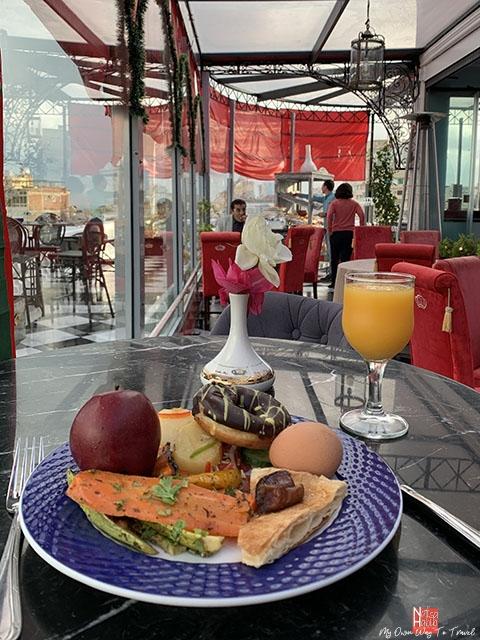 Le Metropole Hotel sky view restaurant buffet breakfast
