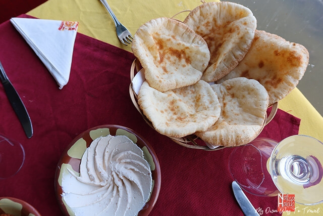 Egyptian fresh Pita bread with Hummus