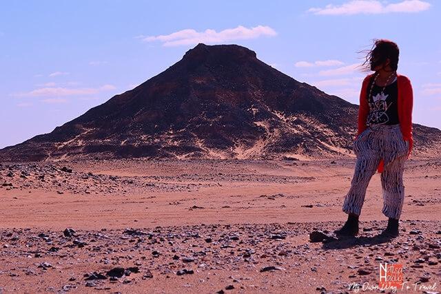 Black-topped hills of volcanic origin in the Black Desert