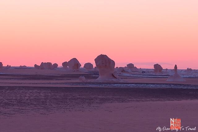 Golden hour in the White Desert National Park