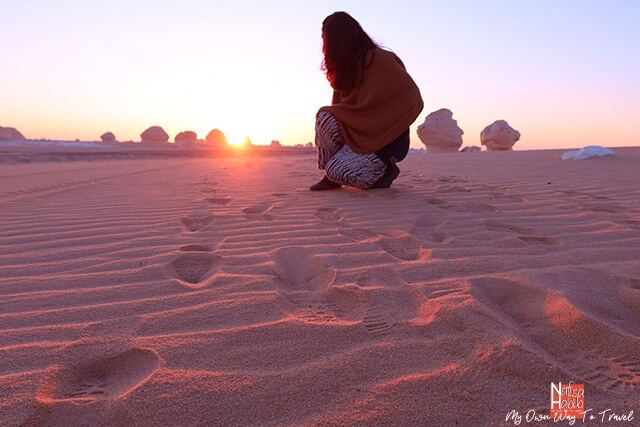 Watching the sunrise in the White Desert National Park