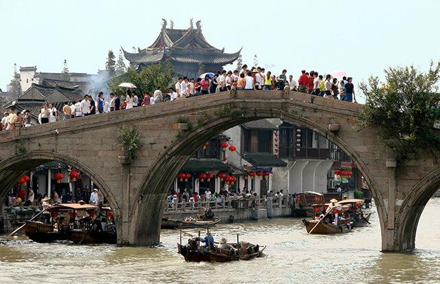 Day trip to Zhujiajiao Water Town