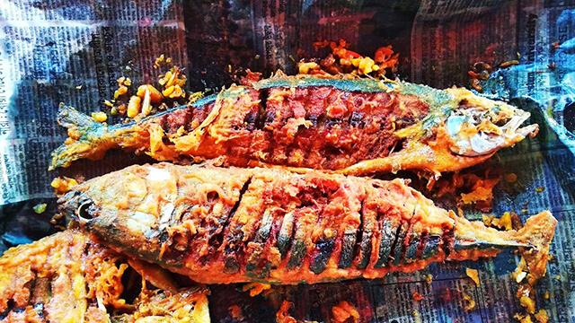 Tuna Fish Fry at Cox's Bazar Beach Restaurant - Bangladeshi cuisine